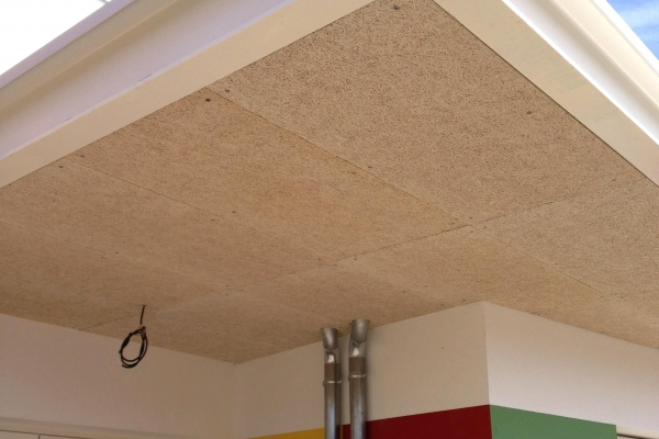 plafonds-bois-exterieur-chauche-periscolaire-apres-intervention-organic-fixation-par-vis-holding-pichaud-vinetF089424B-CD4E-ECEF-ABCA-42561D17CFBA.jpg