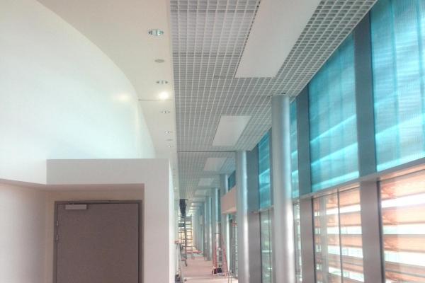 plafonds-suspendus-resille-vendespace-holding-pichaud-vinetCE179D36-03D7-8494-2B09-2A86E08467D3.jpg