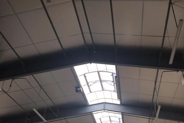 plafonds-laine-de-verre-coex-abcm-shedisol-aluminium-holding-pichaud-vinet2904FAD6-5941-6330-D0A4-F4DE275F2463.jpg